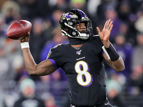 Lamar Jackson refuses to leave field on fourth down, completes 36-yard pass