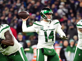 Sam Darnold stands strong in pocket to deliver 18-yard TD