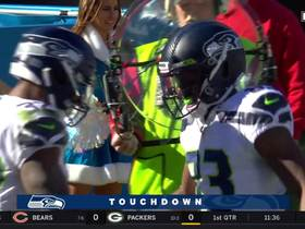 Chris Carson trucks through DB for strong 16-yard TD