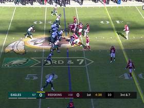 Ertz shows his strength on 27-yard catch and run