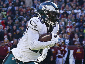 Eagles outflank Redskins on quick pitch to Miles Sanders for TD