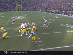 Davante Adams' wicked route sets up 34-yard gain