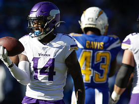 Diggs comes down with STELLAR one-handed catch