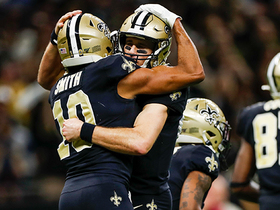 Drew Brees ties Peyton Manning's all-time pass TD record on 21-yard strike to Smith