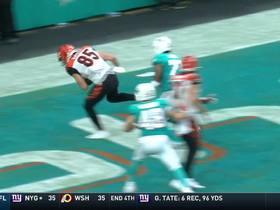 Dalton finds Eifert on two-point conversion making game one score deficit