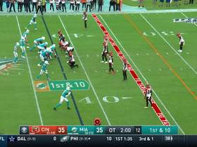 Fitzpatrick puts Fins in red zone with 28-yard strike to Ford