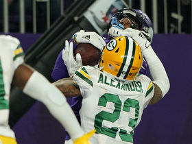 Can't-Miss Play: Captain Kirk makes it rain on Packers for TD