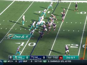 DeVante Parker toasts Stephon Gilmore for 28 yards
