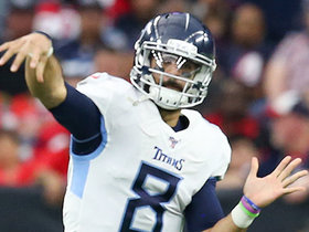 Marcus Mariota comes in for one play on 24-yard strike to A.J. Brown