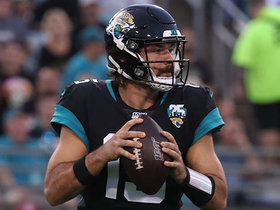 Minshew throws majestic pass to Keelan Cole for a 45-yard gain