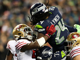 Marshawn Lynch sends stadium into a frenzy with airborne TD